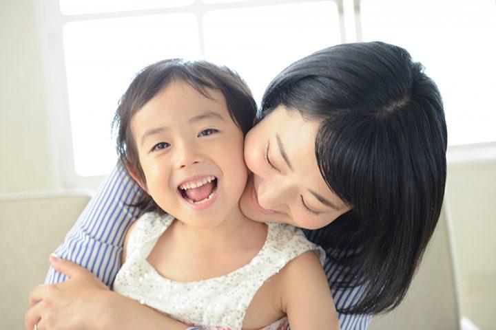 子供に現れる愛情不足のサインとは?スキンシップ(接し方)が重要