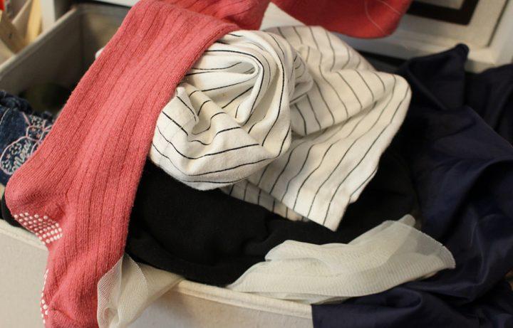 賢い収納術を実践する前に不要な服は処分しよう
