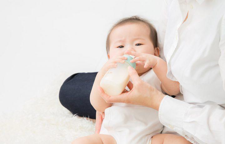 赤ちゃんが母乳を飲まない原因