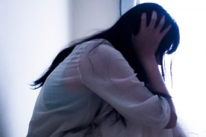 統合失調症とは?症状と原因・なりやすい人の特徴