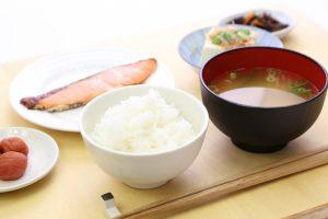 朝食抜きの影響についてメリット・デメリットを解説!