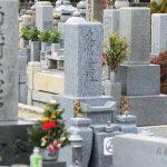 墓参りの作法やマナーを解説 – 知っておきたい知識