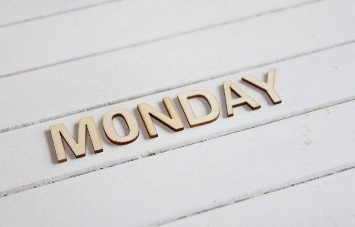 月曜日が憂鬱になる理由って何?