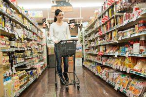 食費の平均はいくら?家族の人数別 (世帯別) 1ヶ月の食費と節約のコツ