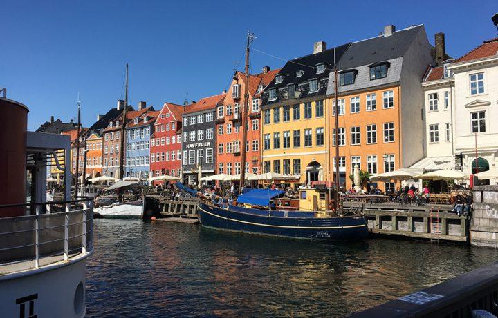 ヒュッゲ (HYGGE) 発祥の地・デンマークは世界で最も幸福な国