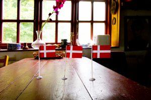 ヒュッゲ (HYGGE) とは?デンマークから学びたい幸せな時間を過ごす暮らしの考え方