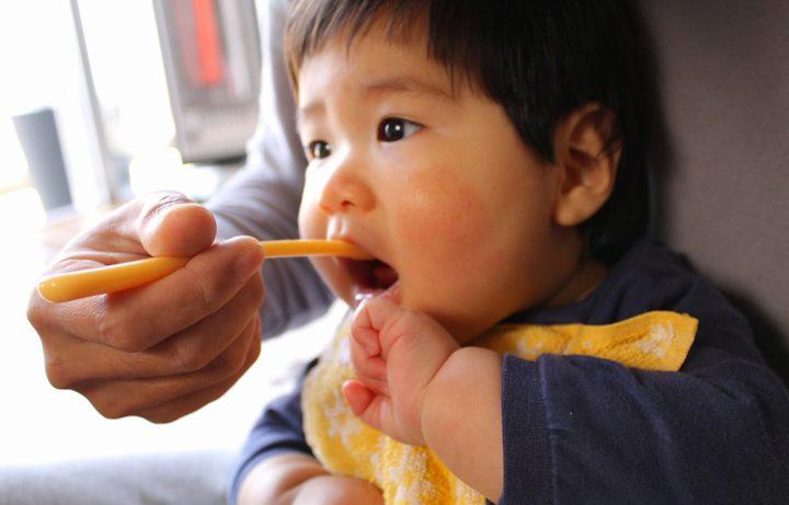 赤ちゃんの成長に合わせた離乳食を心がけるように