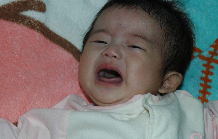 いつから 赤ちゃん 夜泣き