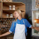 冷蔵庫の掃除方法。毎日できる簡単掃除としっかり掃除を紹介!