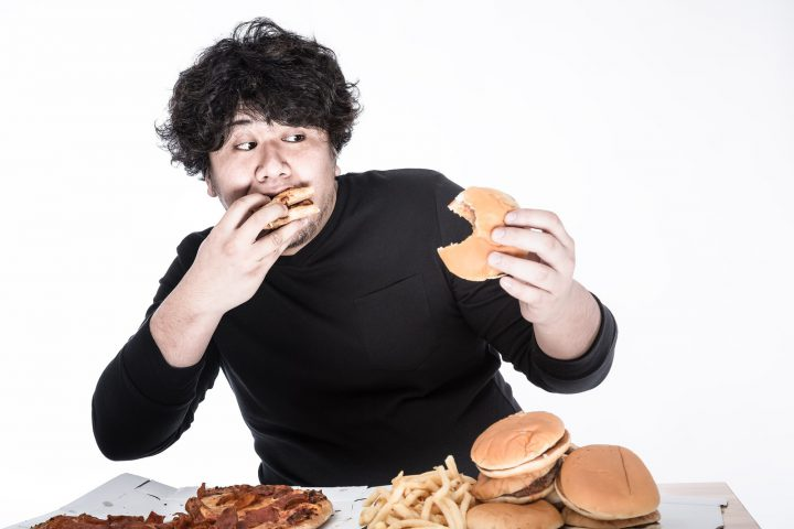 不規則な食生活を改善する