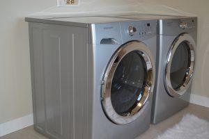洗濯機の掃除方法を紹介。塩素系、重曹、過炭酸ナトリウム、どれを使えばいいのか。