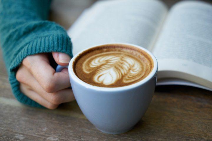 読書が苦手な人におすすめの本3選