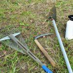 除草剤の種類と使い方。農薬登録のありなしでどう使い分ける?