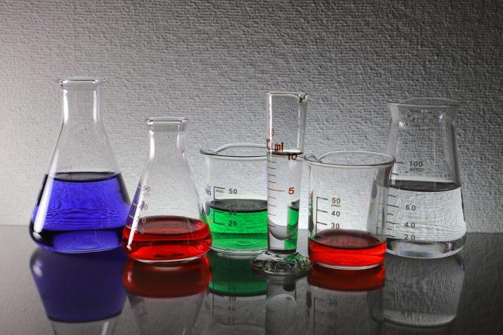 汚れの特性を知る:水垢はアルカリ性