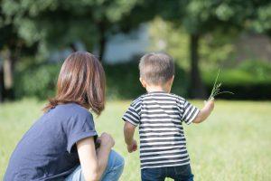 【親御さん必見】赤ちゃんや子どもの虫よけ対策には安心成分のイカリジン!