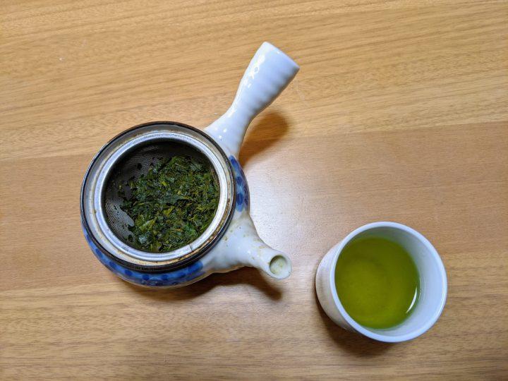 緑茶の出がらしで消臭する