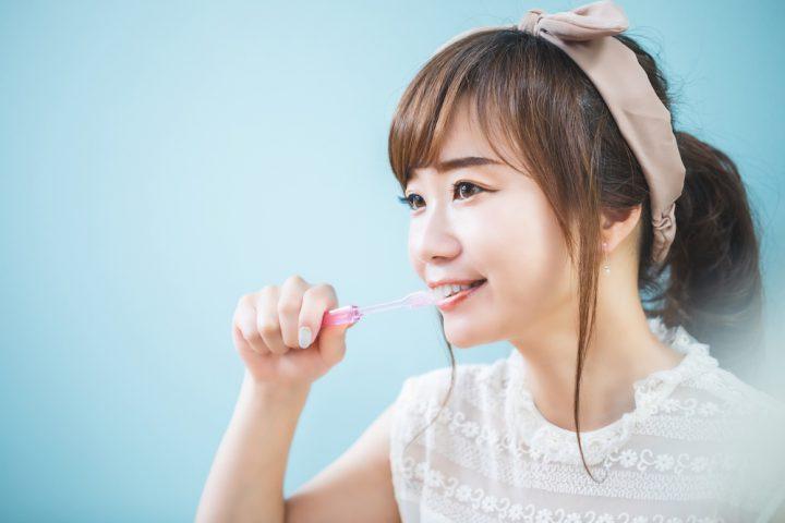 歯ブラシの選び方を年齢別に解説。虫歯や歯周病を予防しよう
