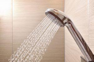 【シャワーヘッドの掃除方法】重曹・クエン酸やお酢での洗い方を紹介