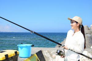 【初心者必見】釣りの服装・道具・持ち物を解説。知っておくべきルールは?