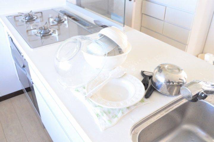 調理器具もお手軽消毒!フマキラーの「キッチン用 アルコール除菌スプレー」