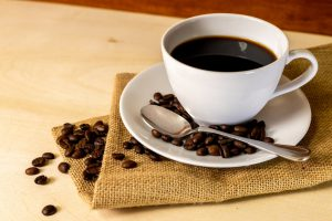 コーヒー豆の種類と名称を解説。おいしいコーヒーの淹れ方は?